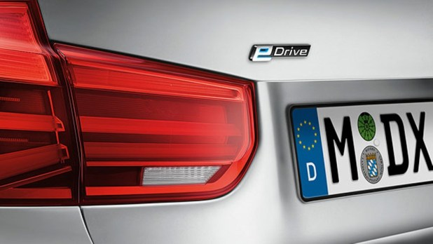 BMW-330e-Sedan-3 Adding Two New Models to BMW 3 Series for 2016