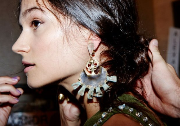drop-single-hoop-and-statement-earrings-5 The Hottest Jewelry Trends for Women in 2016