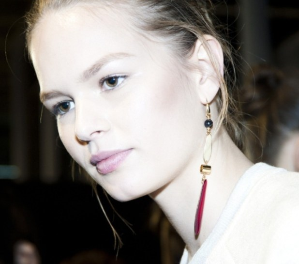 drop-single-hoop-and-statement-earrings-8 The Hottest Jewelry Trends for Women in 2016