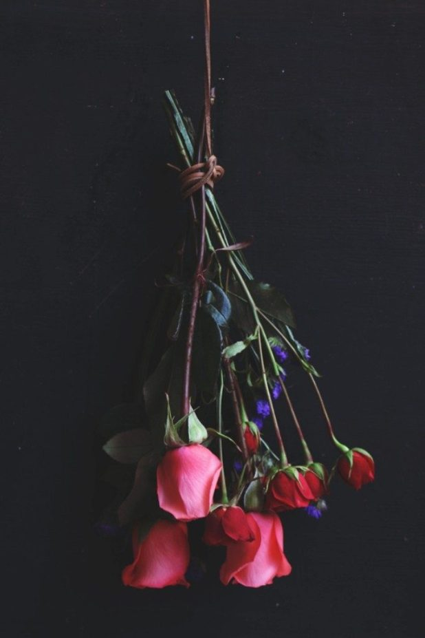 Hairspray-Preservation-2 7 Tricks to Make Flowers Last forever ...