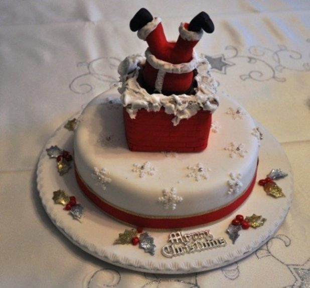 Christmas-Cake-Decoration-Ideas-2017-33 82 Mouthwatering Christmas Cake Decoration Ideas 2017
