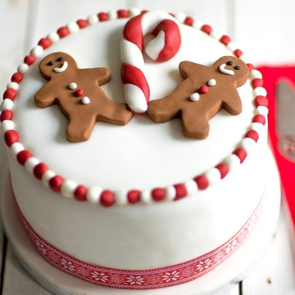 Christmas-Cake-Decoration-Ideas-2017-52 82 Mouthwatering Christmas Cake Decoration Ideas 2017
