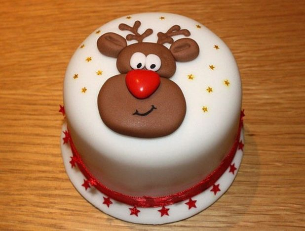 Christmas-Cake-Decoration-Ideas-2017-62 82 Mouthwatering Christmas Cake Decoration Ideas 2017
