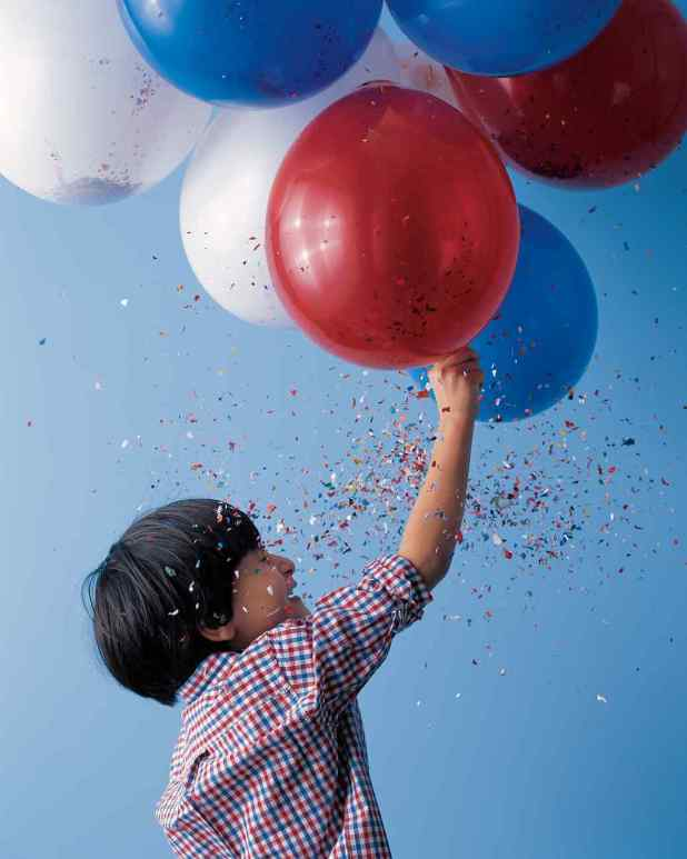 Balloon-Fireworks1 4 Ideas To Celebrate Memorial Day