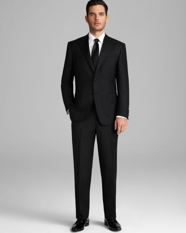 Classic-Black-Tuxedo1 6 Trendy Weddings Outfit Ideas for Men