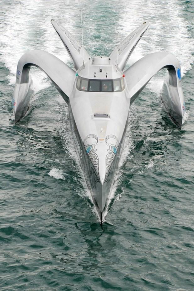 Large_peterfaretra011l1 Top 10 Craziest Future Boat Designs