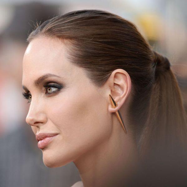 single-earrings-7 23 Most Breathtaking Jewelry Trends in 2017