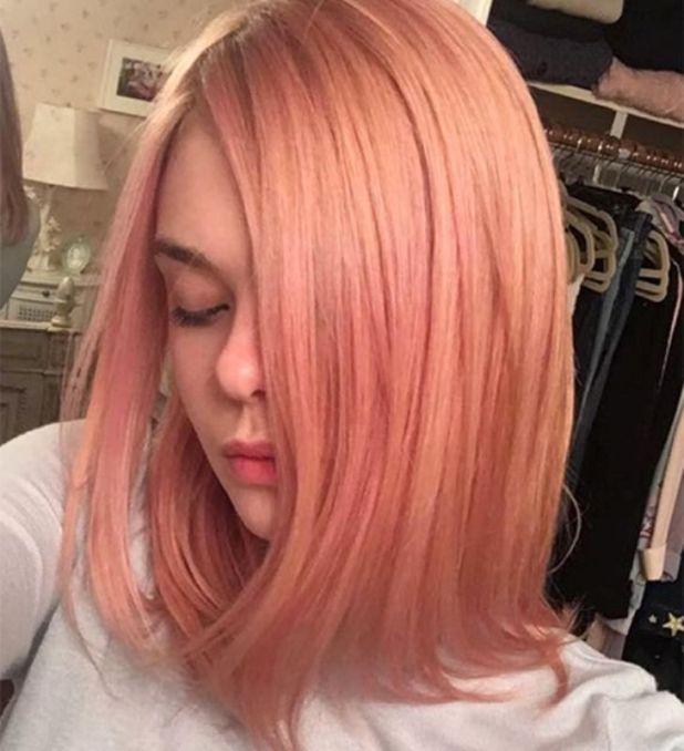 Elle-Fanning2-675x741 15+ Fashionable Tremendous Celebrities' Hairstyles