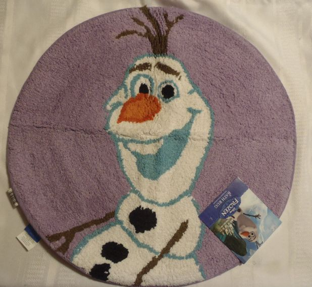 Frozen-rug2-675x622 Cute Kids Bathroom Rugs for 2017