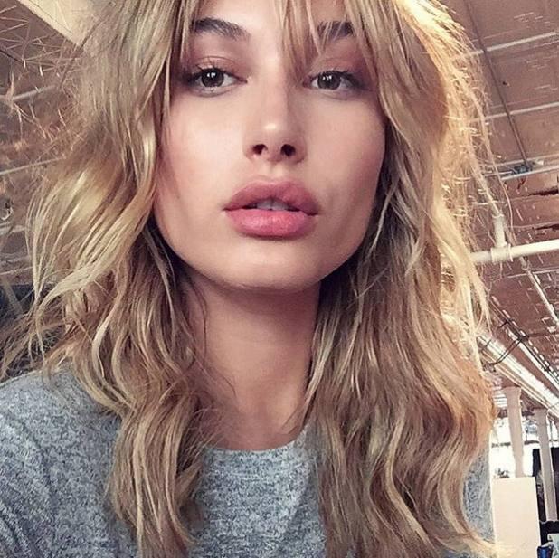 Hailey-Baldwin2-675x674 15+ Fashionable Tremendous Celebrities' Hairstyles