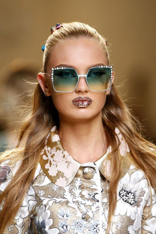 ombre-sunglasses-7 11 Hottest Eyewear Trends for Men & Women 2017