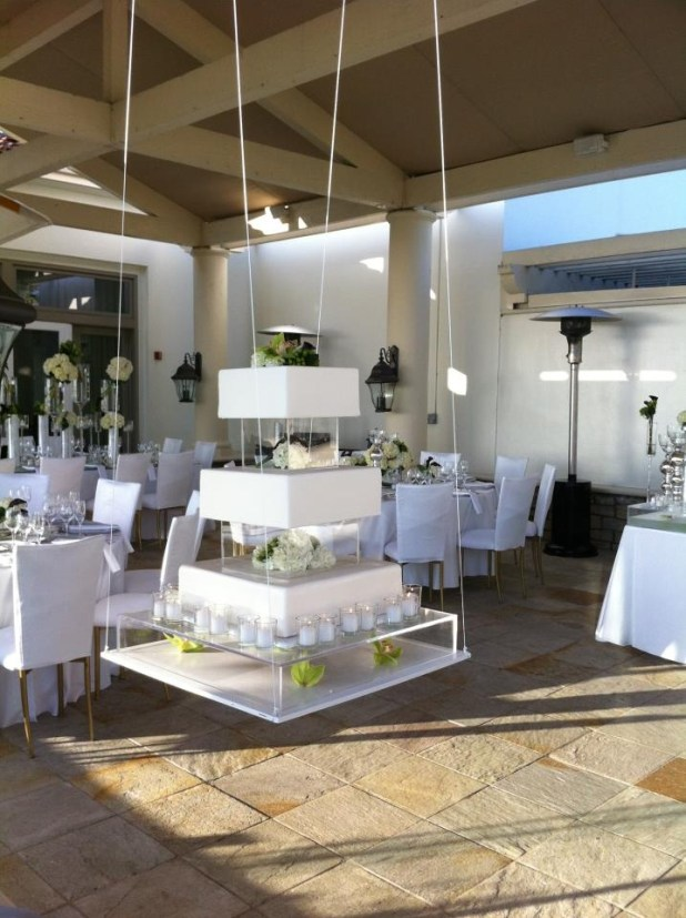 Hanging-Tables2 10 Best Ideas For Outdoor Weddings in 2017