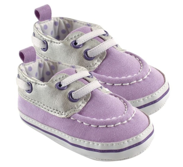 Luvable-friends-baby-sneakers-675x616 20+ Adorable Baby Girls Shoes Fashion for 2017