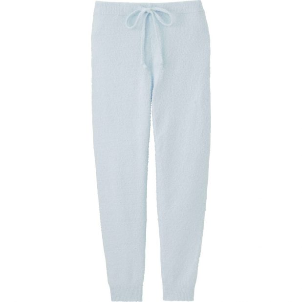 Uniqlo-LOUNGE-PANTS-675x675 7 Stellar Christmas Gifts for Your Woman