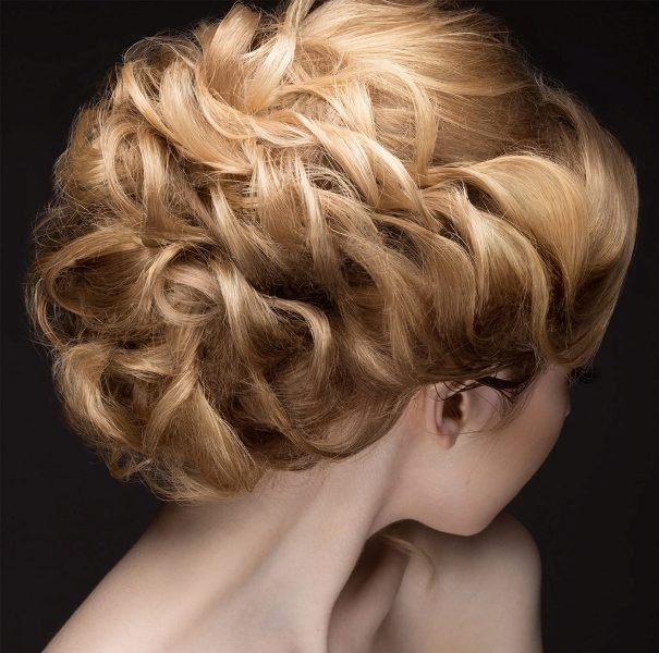 hairstyles-2017-14 28 Hottest Spring & Summer Hairstyles for Women 2017