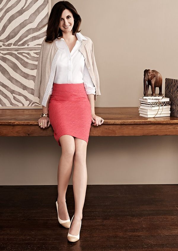 pencil-skirt 18 Work Outfits Every Working Woman Should Have