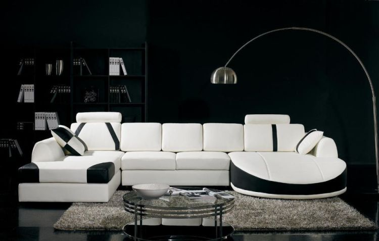Add-classic-punch-to-home-décor-with-black-and-white-shades_522 5 Outdated Home Decor Trends That Are Coming Again in 2018