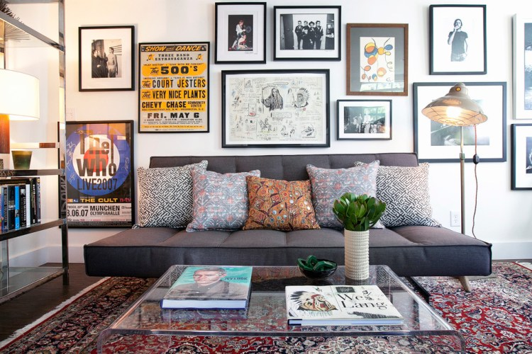 Art-glass-gallery-home-office-contemporary-with-mid-century-modern-couch-gallery-wall-gallery-wall-4 5 Outdated Home Decor Trends That Are Coming Again in 2018