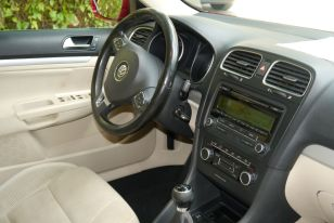 VW Golf- interior