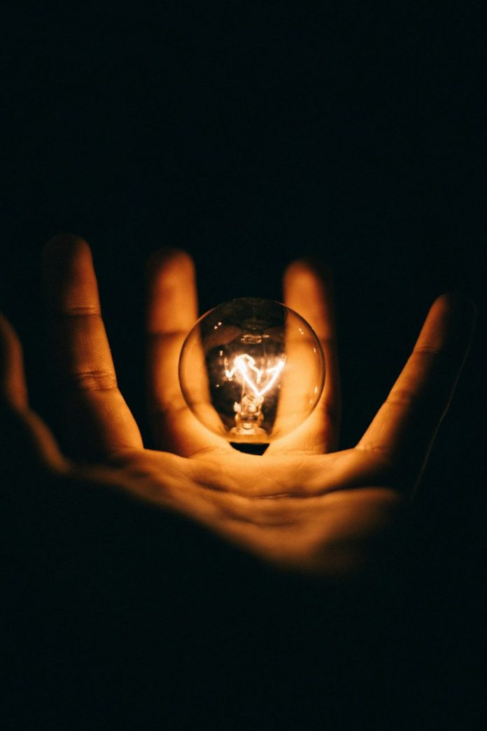 flashbulb-memories-are-your-most-vivid-memories-truly-reliable-2