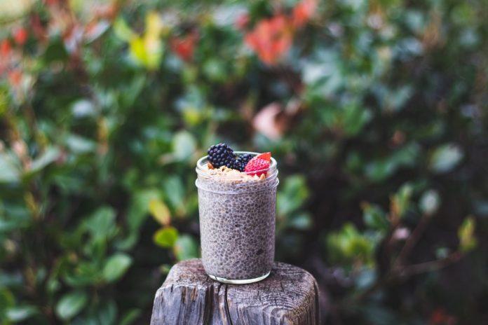 4 Easy and Vegan Chia Pudding Recipes