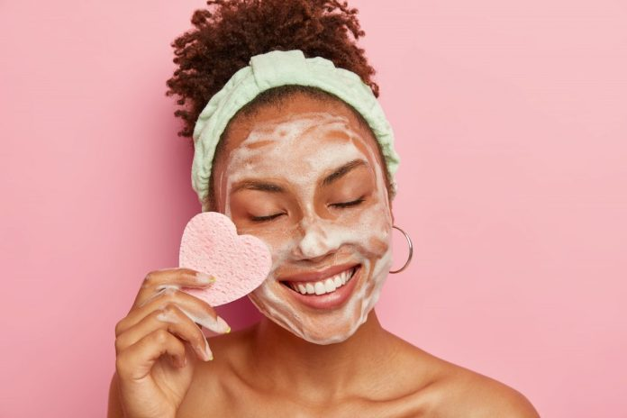 cleanser-and-moisturizer-are-your-best-friends