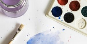 Creative Burnout: 3 Big Signs You Need A Break From Art