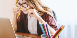How to survive college: 3 cute ways to de-stress yourself