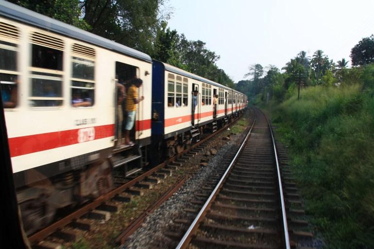 Vlakom naprieč Srí Lankou