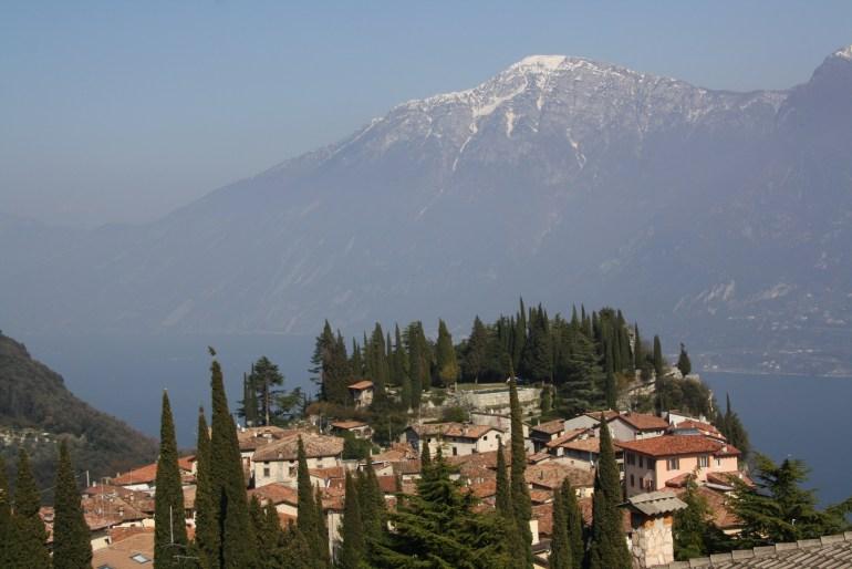 Mestečko Tremosine a jeho výhľady na Lago di Garda.