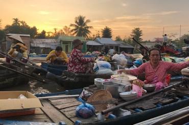 Mekong, plávajúce trhy