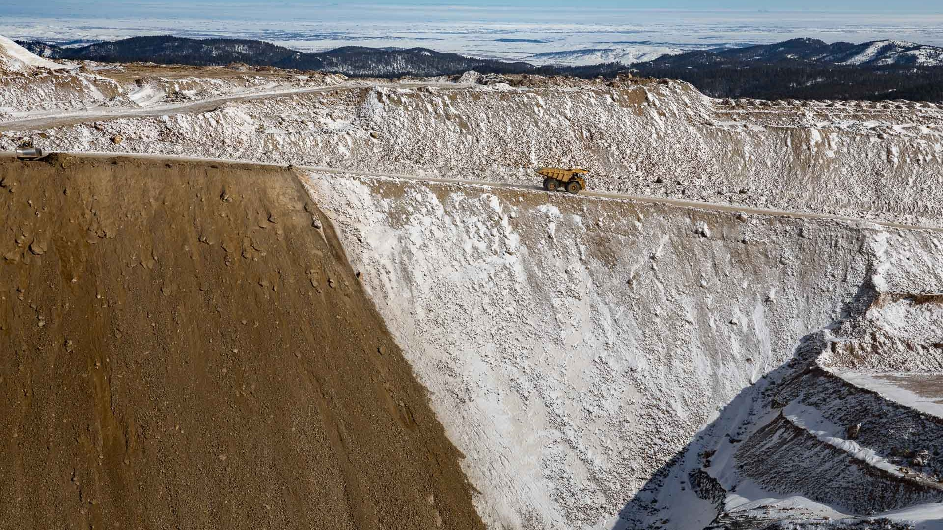 Will the End of a Gold Mine Be the End of a Ski Community