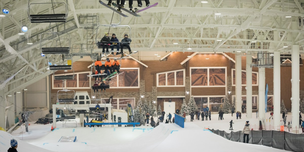 New Jersey's Indoor Ski Area Aims to Attract 250K New Skiers in First Year