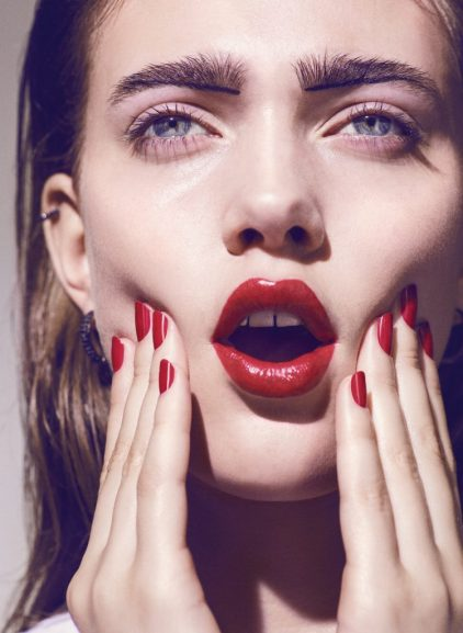 red-lips-lipstick-anne-p-elle