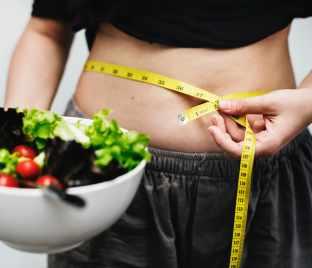 Ketogene Diät, Wie die ketogene Ernährung dir bei der Fettreduktion helfen kann