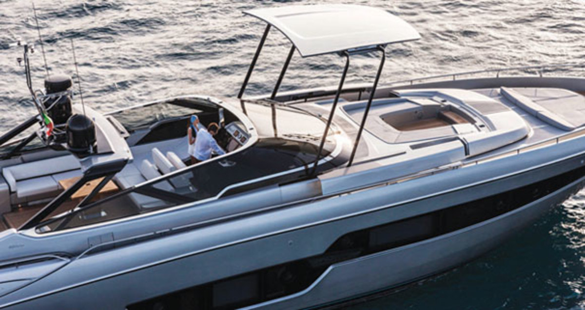 Riva 88 Florida Power Amp Motoryacht