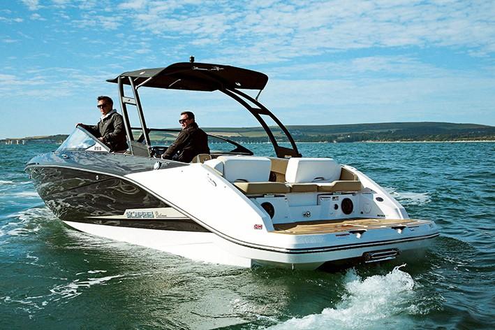 Scarab 255 HO Impulse  Powerboat  RIB Magazine