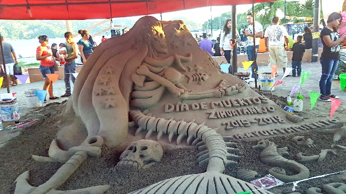 ixtapa sand sculpture