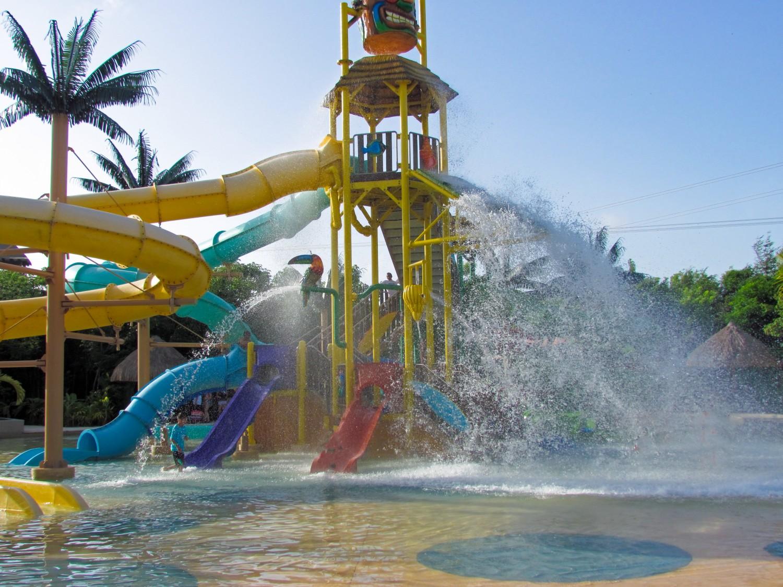 Costa Maya water park
