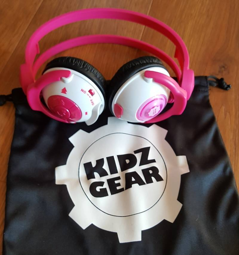 Kidz Gear Headphones Giveaway >> Kidz Gear Wireless Headphones Giveaway Powered By Mom