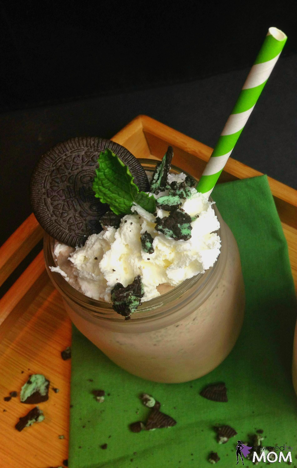 Cookies 'N Cream Mint Chocolate Milkshake vertical 5