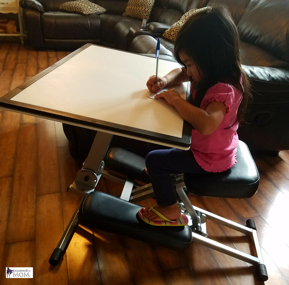 Portable And Versatile Edge Desk Powered By Mom