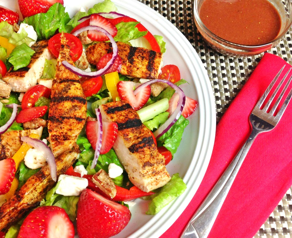 Grilled Chicken Salad horizontal 1