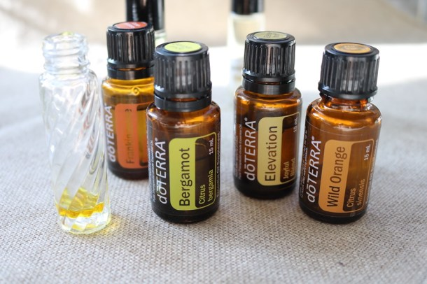 essential oils roller bottles