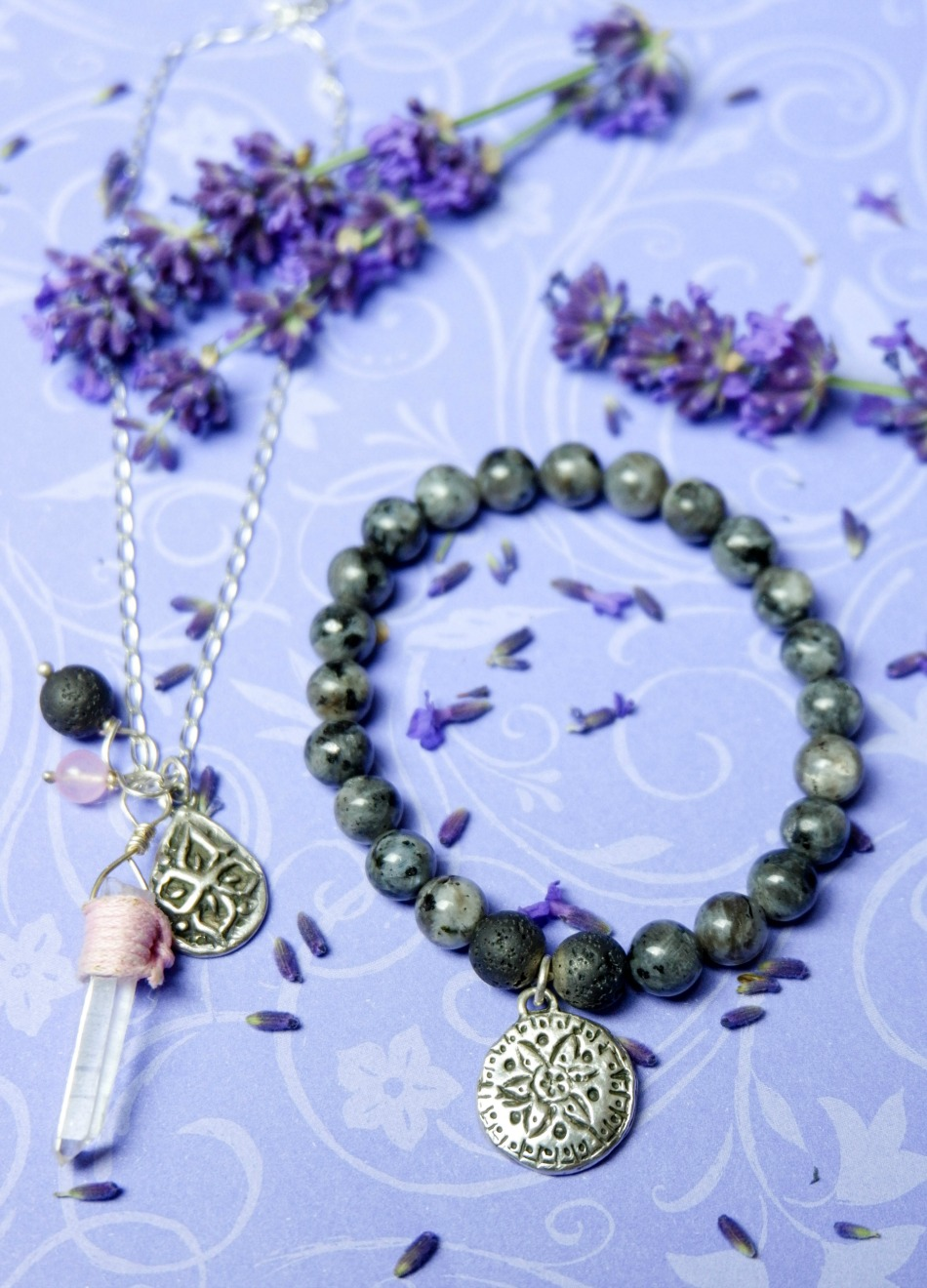 aromatherapy jewellery set