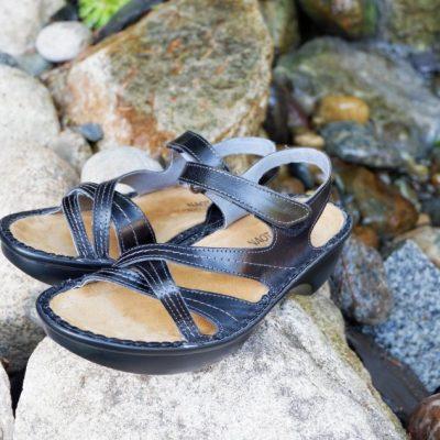 Naot Sandals Review – The Paris Sandals