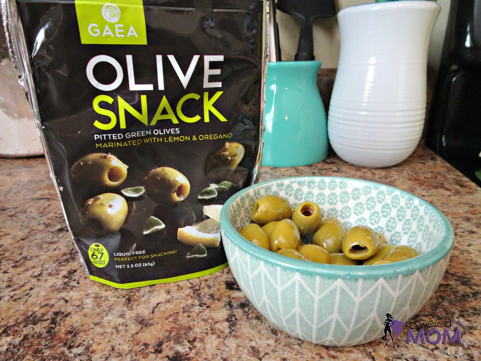 Gaea Olive Snacks in Bowl
