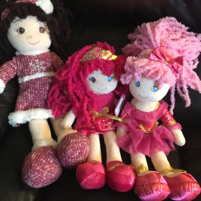 GirlznDollz Review