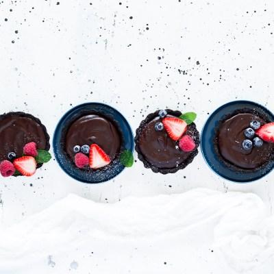 Delicious No-Bake Mini Chocolate Tarts