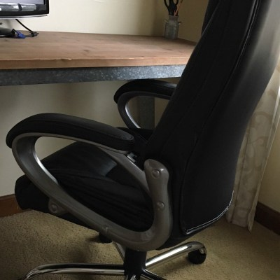 VIVA Office Swivel Chair Gets FIVE STARS